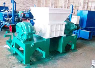 Φ300 × 30 Knife Shredder Shredder / Waste Rubber Shredder Machine 11 Ton